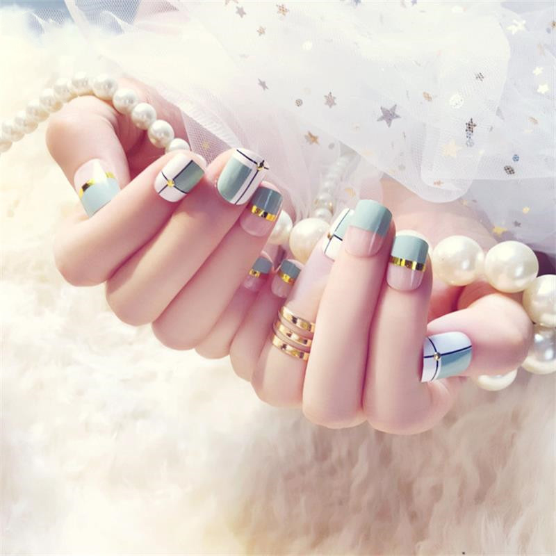 24-pcs-Green-White-Transparent-Fake-Nails-With-Metallic-Strip-Rivet-Designs-Short-Square-False-Nail.jpg